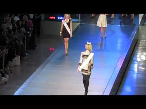 Miss America 2011 Contestants Fashion Show