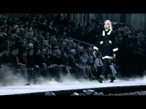 Chanel - Fall Winter 2011/2012 Full Fashion Show | High Quality (Exclusive)